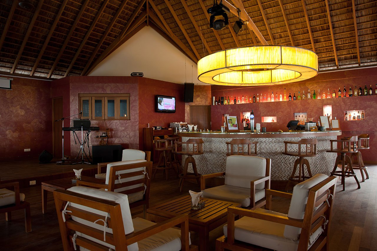 Maldives Scuba Diving Hotel Bar
