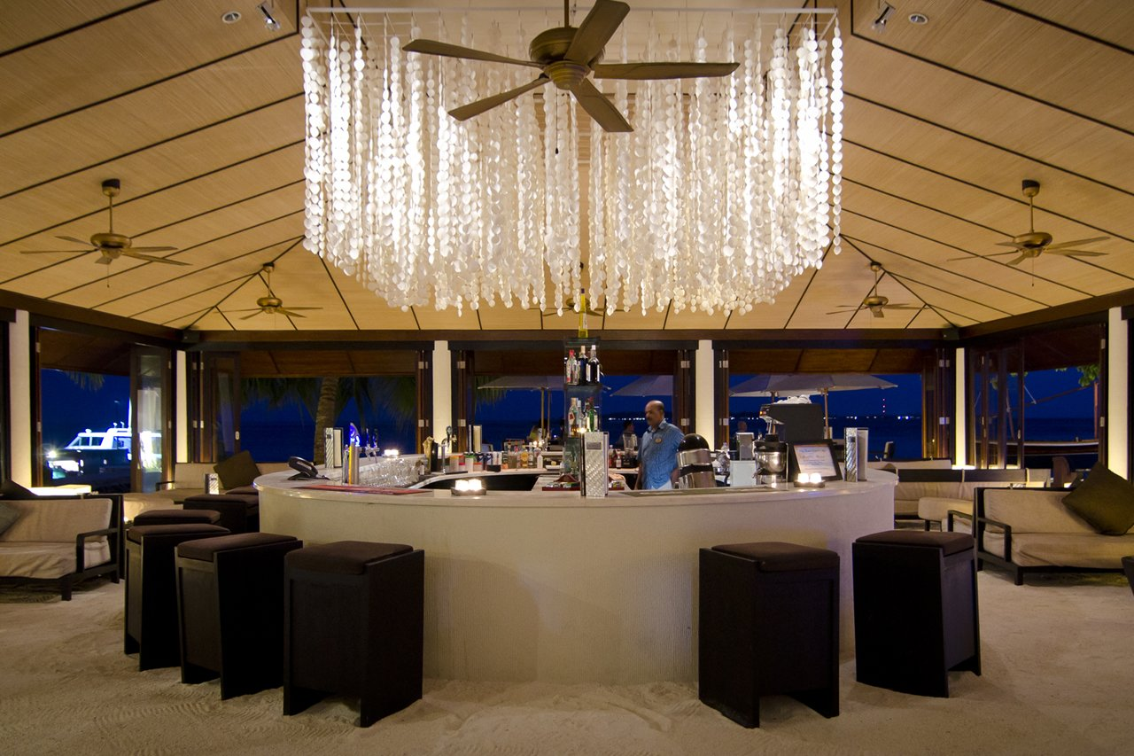 Spirit Bar Lily Beach Maldives