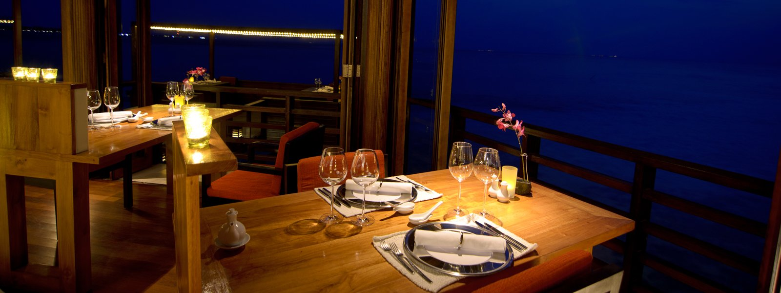 SunsetRestaurant24Croptam-1600x600