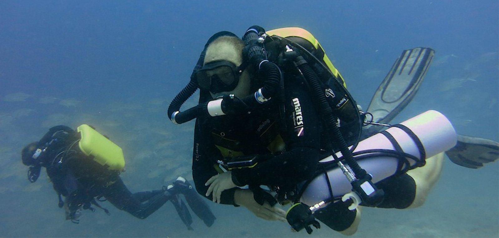 Alexis-Swen-rebreathers-1600x765