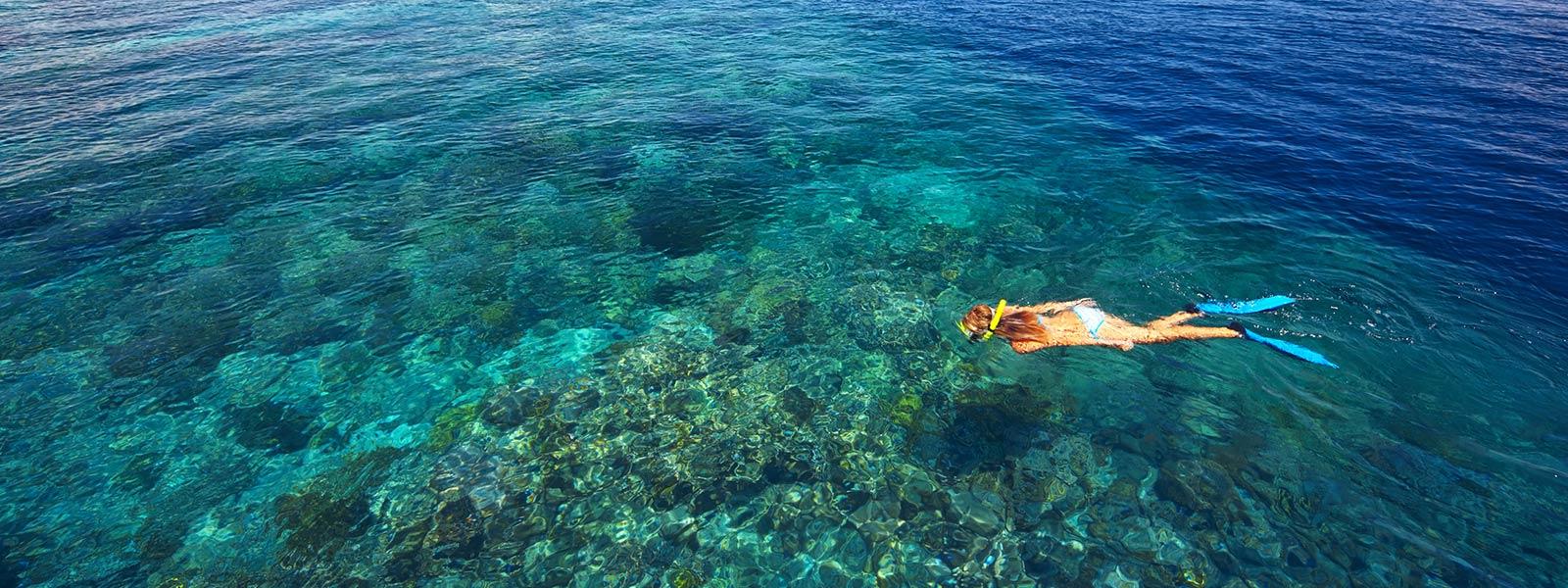 hurawalhi-maldives-snorkelling-1600x600