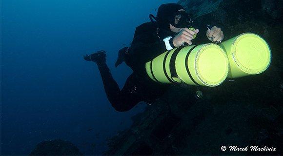 Sidemount diving Prodivers Maldives