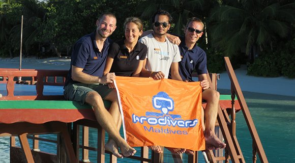 Vakarufalhi Dive Team Maldives