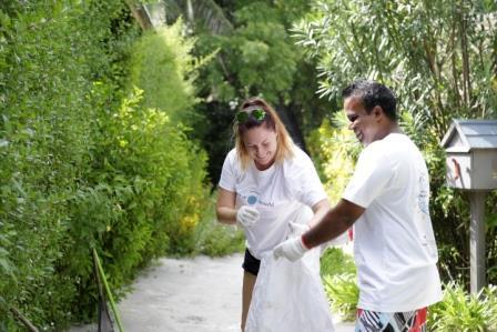 Clean Up the World Komandoo Maldives