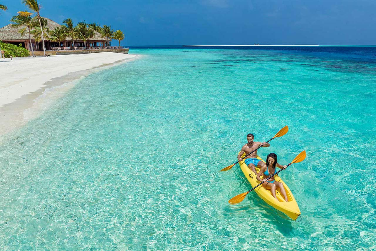 watersport activities Hurawalhi Maldives