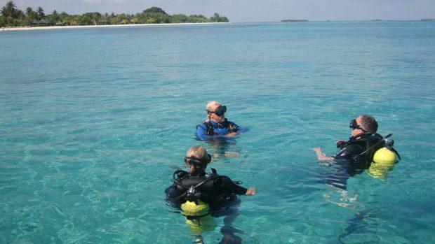 Maldives scuba diving surface