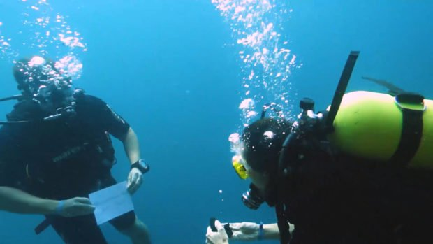 Maldives underwater proposal diving