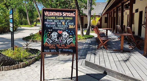 Scuba diving offers Maldives