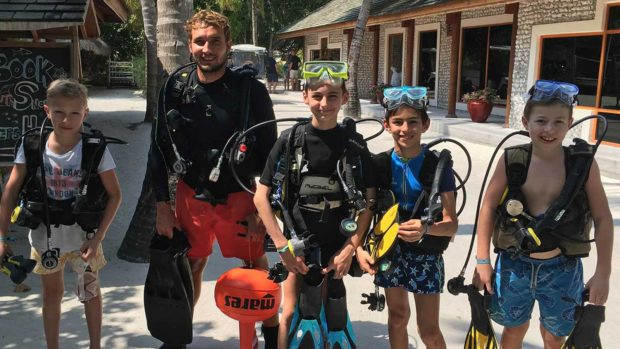 kids diving Maldives